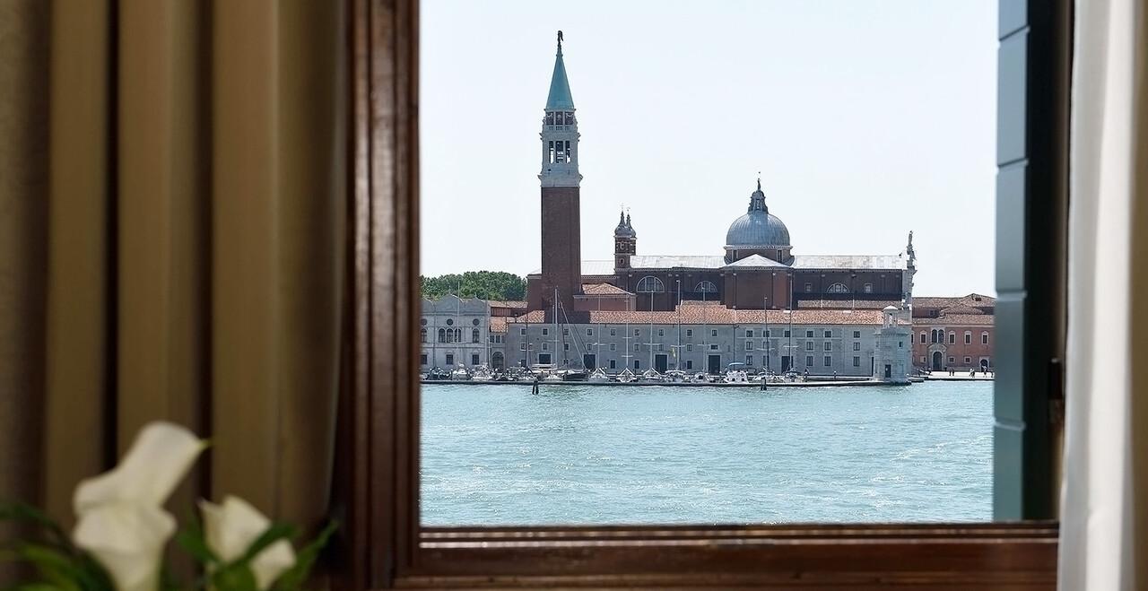 La vista laguna di Venezia dell'Hotel Metropole.