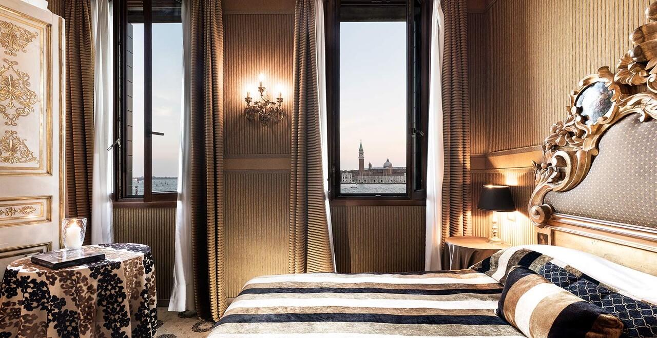 La suite con vista panoramica dell'Hotel Metropole a Venezia.