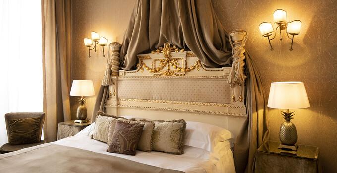 Una camera di charme dell'Hotel Metropole a Venezia.