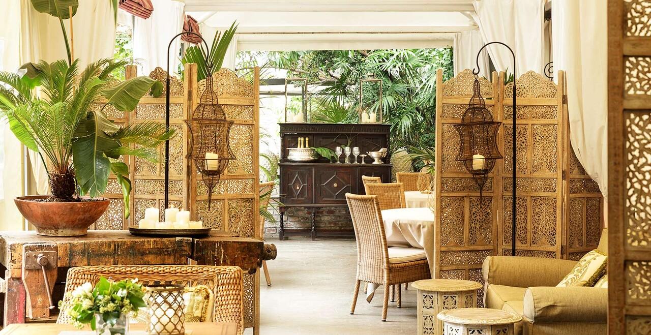 Un immagine dell'Oriental Bar di Venezia.