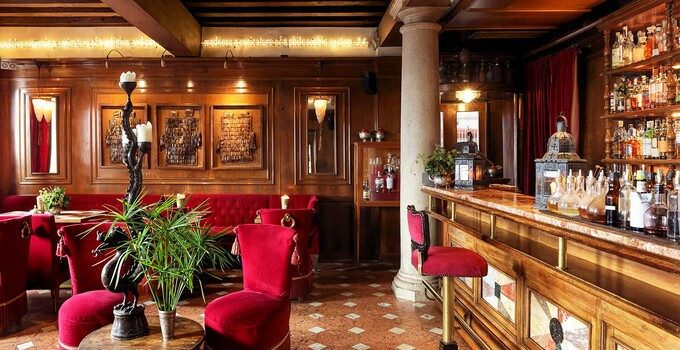 L'Oriental Bar a Venezia del Metropole.